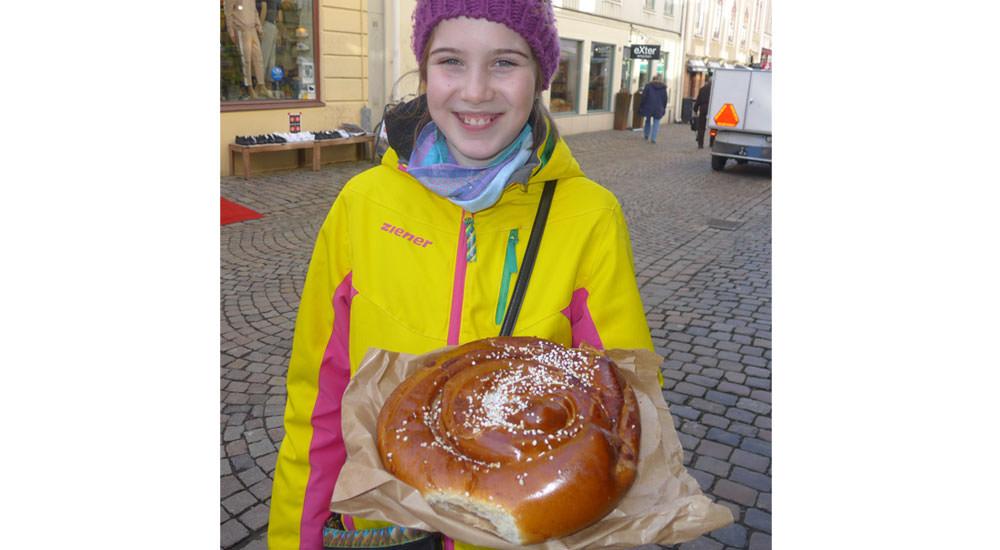 Die größte Zimtschnecke der Welt aus Göteborg