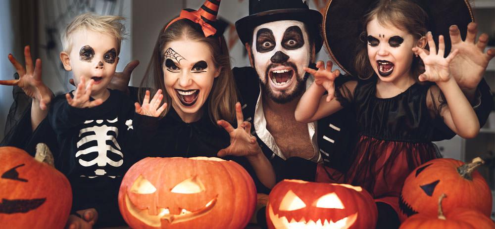 Geschminkt und verkleidet zu Halloween