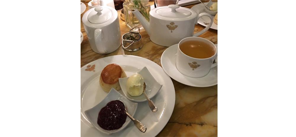 Afternoon Tea im Papillion